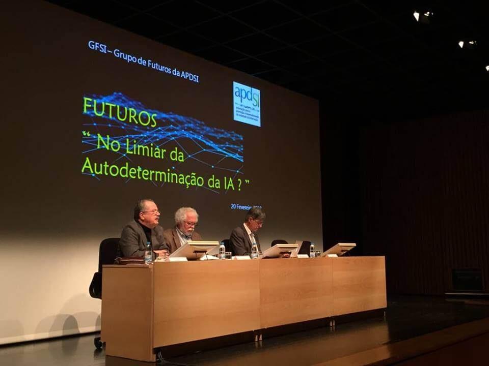 Painel de abertura da sessão de apresentação do cenário