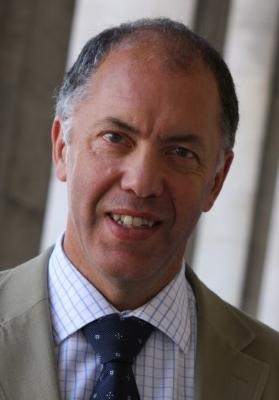 Dr João Catarino Tavares